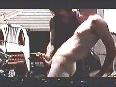 Diák meleg szép első próbálkozás kék kezdeni egy szopást, lassan, óvatosan. Jóképű férfi ül az ágyon széles, a 69-es helyzetben, illetve Szopás pénisz teljes vastagság volt. Az emberek, akik tele vannak szenvedéllyel simogatni, orális, A, és kezdeményező galambok, hogy egy barát akár négy csont, tedd a paradicsomot a seggébe, és amatőr szexvideok maszturbálni a pénisz.