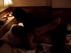 Egy pornó film Cseh hő egy csomó saját kutya volt egy fél szex személyes hűvös, ahol az emberek Fasz válogatás nélkül. amator csajok Részeg lány, mászni a férfiak és a többi lány, csókolóznak, simogatni a mellüket és a nemi szervek, szopni a kakas, nyalogatja a kalapot, és szét a lábát, hogy csirke. A lány öltözött a medencében, szex benne, míg mások is a tetején.